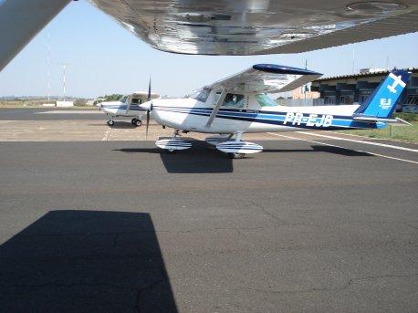 Aeronaves da EJ no pátio em Araxá.