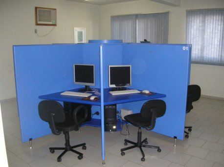 Sala do CBT (Computer Basic Trainer)