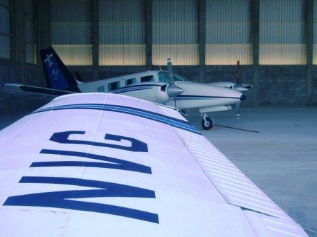 O instrutor Caspani realizou um vôo de navegação de Itápolis para Jundiaí com o aluno Tércio Fernandes Perusso. A EJ registrou tudo para mostrar como será a sua hora de vôo conosco e porque a EJ é tão conceituada.