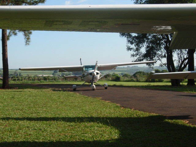 PR-EJD é a terceira aeronave a decolar.