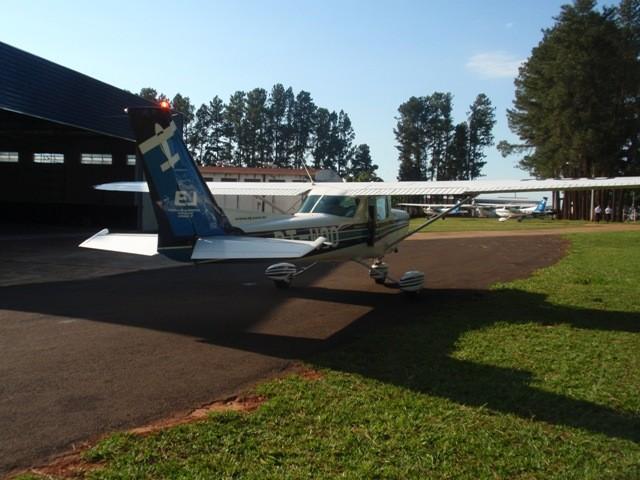 PT-WQO é a primeira aeronave a decolar de Itápolis.
