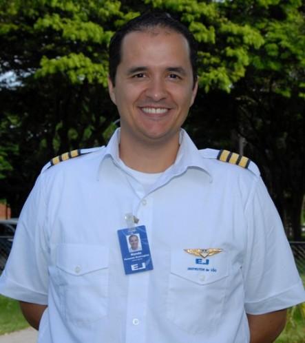 Fernando Brancaglion - São Paulo-SP.