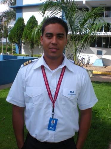 Alfredo Correa dos Passos Junior - Niterói-RJ.