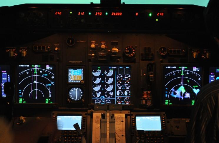 Painel do Simulador do B737.
