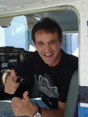 João Paulo super confiante em realizar seu primeiro voo solo.