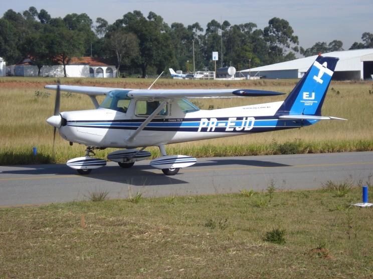 Pronto para iniciar o primeiro voo solo.