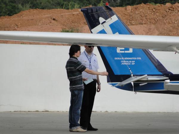 Inspeção pré-vôo: segurança é regra fundamental!