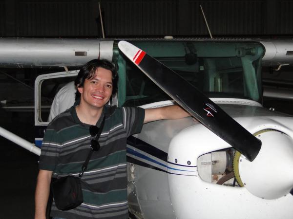 O primeiro de uma vida nos ares! Definitivamente é lá que me realizo! Só quem é apaixonado pela Aviação para entender... :)