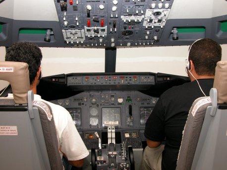 Simulador 737-NG.