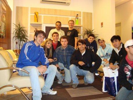 Victor; Flávia (instr.); Caspani (instr.); Isaac; Eduardo; Ivo (instr.); Veroneze (instr.); Ibiá; Ronald; Eduardo (instr.) e André.