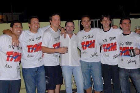 Ex-instrutores e o diretor da escola, Josué de Andrade.