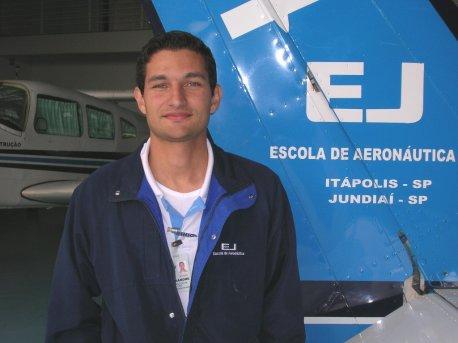 Alexandre Medeiros Gandini.