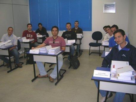 Alunos em sala de aula.