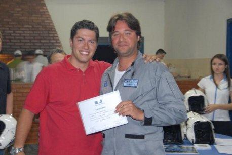 Instrutor Censone e formando Bruno Lacerda.