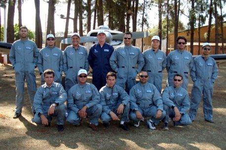 Formandos da 3ª Turma de Pilotos Agrícolas de 2008