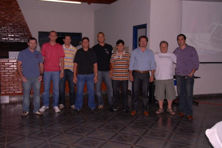 Alunos do XI curso de PAGR de Agosto e Setembro 2009, junto com os CMTEs. Edmir e Josué