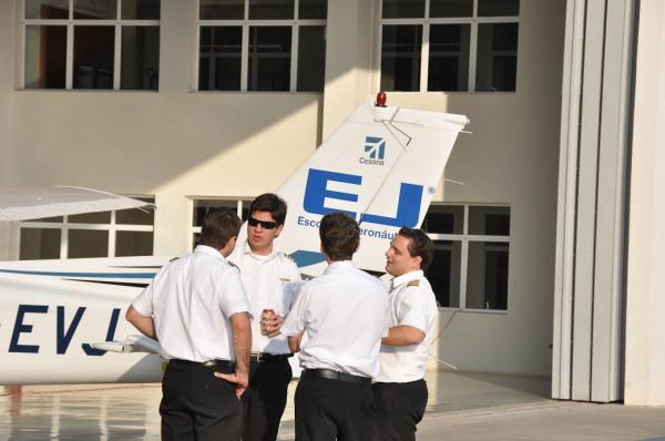 Instrutores EJ